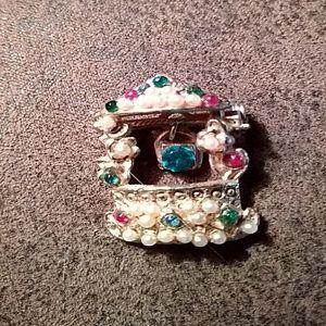 Jewelry - Vintage Jeweled Brooch, Wishing Well
